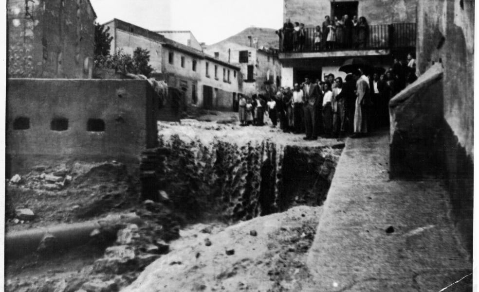 Inundaciones en el cruce del Rollo de Cervera en 1956