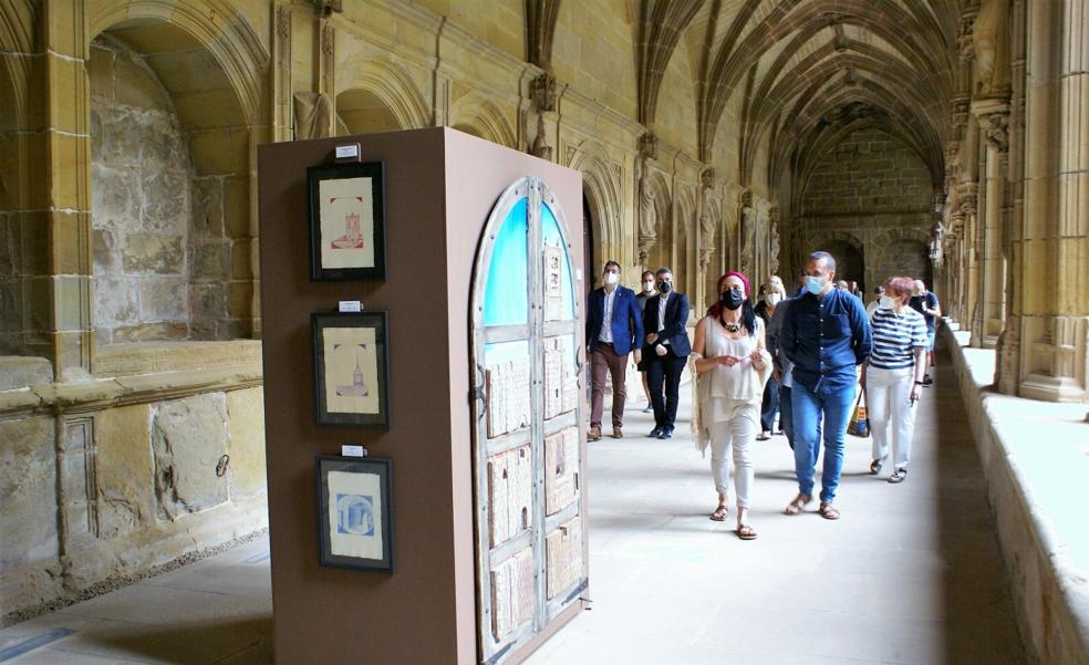 Nájera abre la muestra '21 Jacobeo' en el claustro de Santa María la Real