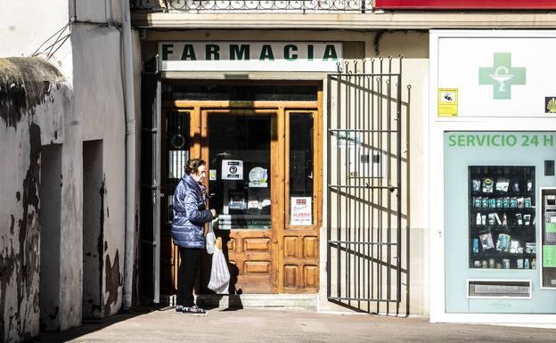 Farmacia de Grañón, en una imagen de archivo. /Justo Rodriguez