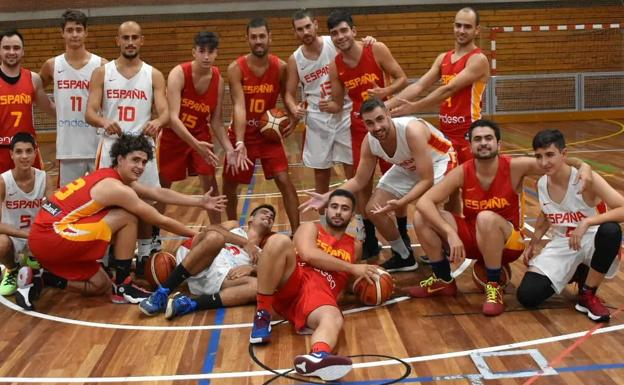 Hiszpańska drużyna koszykówki niesłyszących.