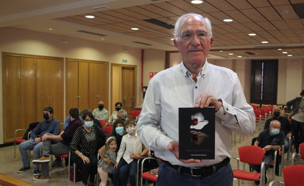 Mario Martínez presenta su quinto poemario en Alfaro, 'Bajo la piel del verso'