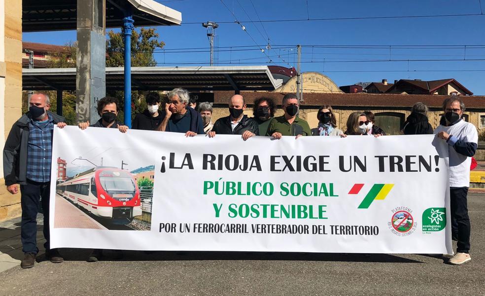 Concentración «por un tren público, social y sostenible»
