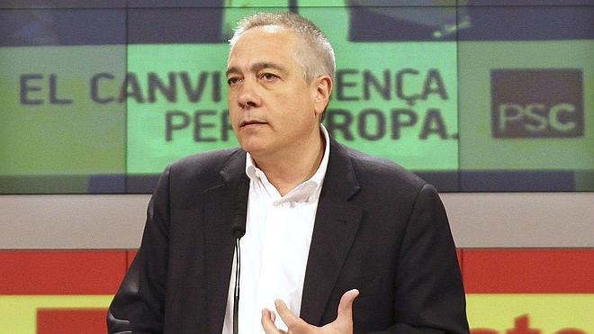 Fernández Díaz atribuye la agresión a Navarro a la «división» en Cataluña