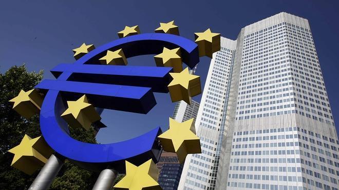 Bruselas mejora su previsión de crecimiento pero augura un elevado nivel de paro para 2014 y 2015