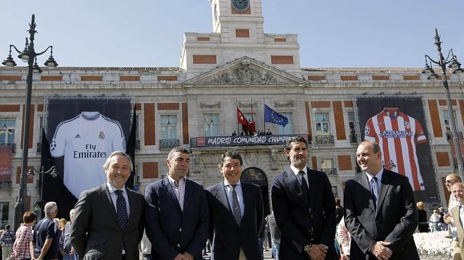 Cifuentes: «¿A quién se le ocurre concentrar a Madrid y Atleti en la Puerta del Sol?»