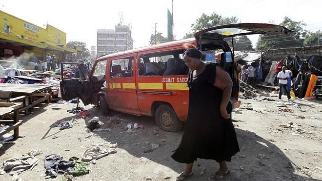 Al menos diez muertos y 70 heridos en dos atentados en Nairobi