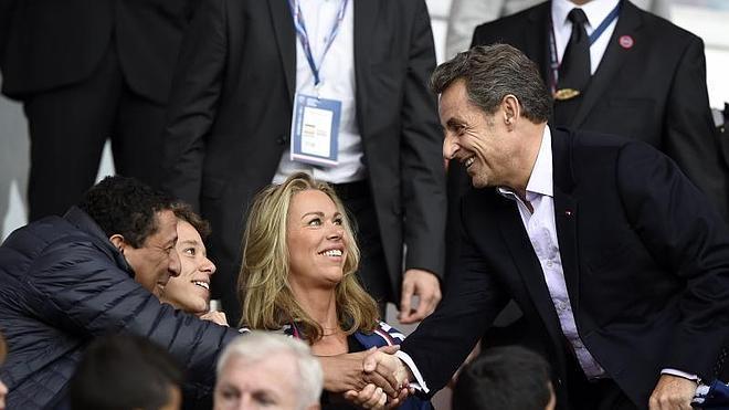 Sarkozy, partidario de crear una zona económica franco-alemana