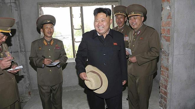 Corea del Norte dispara artillería cerca de un buque surcoreano