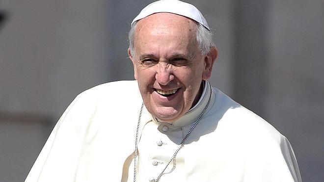 El Papa, enfadado por la lujosa comida en el Vaticano durante las canonizaciones