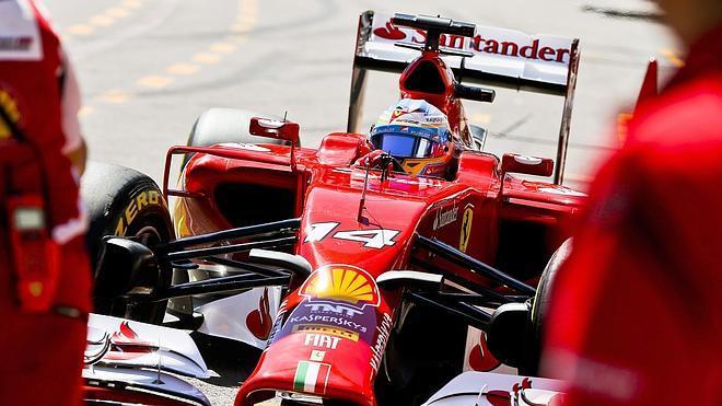 Rosberg rompe la paz en Mercedes