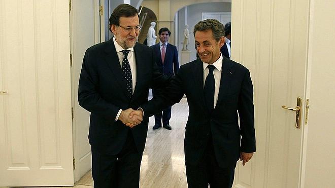 El Rey y Rajoy reciben a Sarkozy