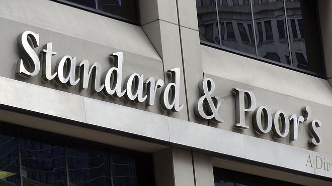 Standard and Poor's eleva la nota a cinco autonomías