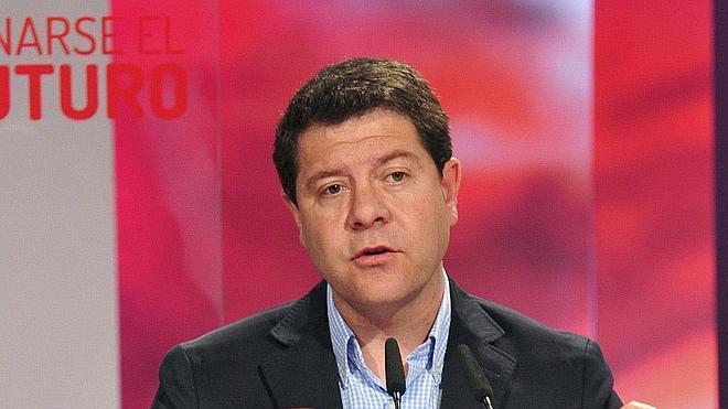 García-Page renuncia a la Secretaría General del PSOE