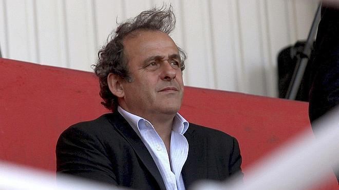 Platini: «Los rumores sin fundamento buscan ensuciar mi imagen»