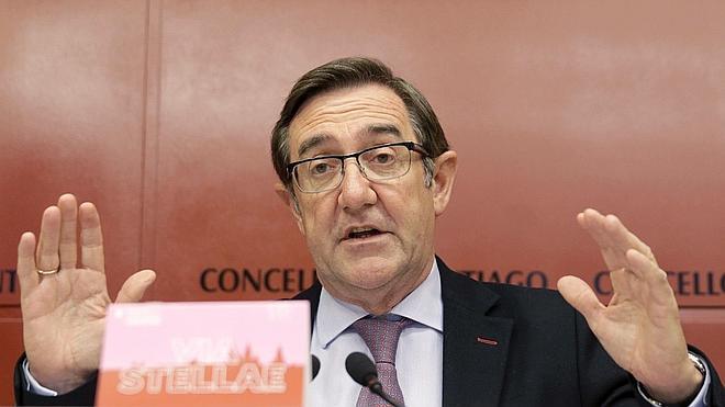 El alcalde de Santiago presenta su dimisión