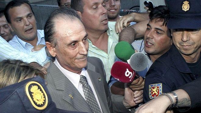 La fiscalía pide que se devuelvan las acciones a Ruiz de Lopera