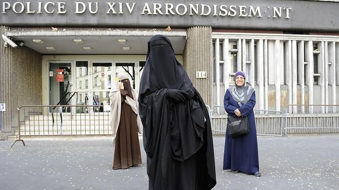 Estrasburgo avala la ley francesa que prohíbe el burka en espacios públicos