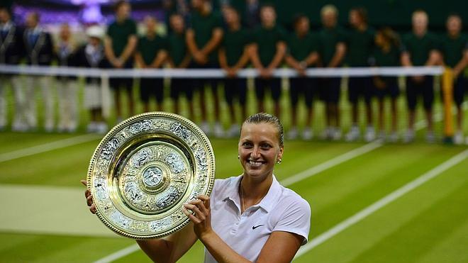 Kvitova destroza por la vía rápida a Bouchard y conquista su segundo Wimbledon