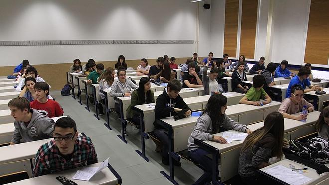 La universidad pública pierde más de 45.000 alumnos en dos cursos