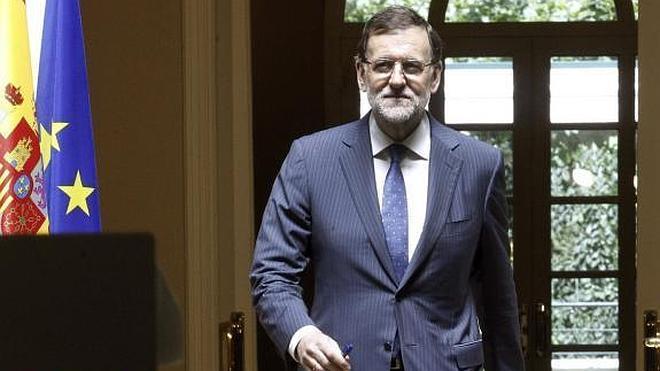 Rajoy, sobre Cataluña: «Mi posición es la misma: ley sí, pero diálogo también»