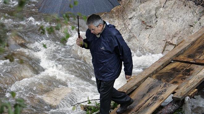 Alerta por lluvias, tormentas y oleaje en 14 provincias