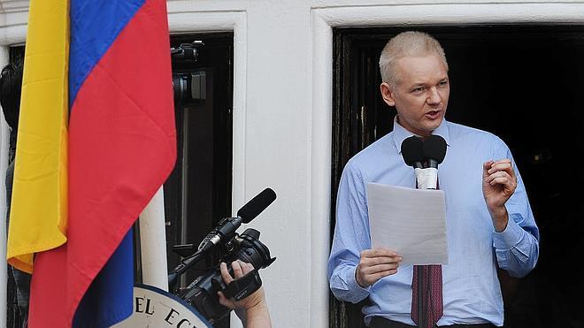 Los dos años de asilo de Assange en la embajada de Ecuador