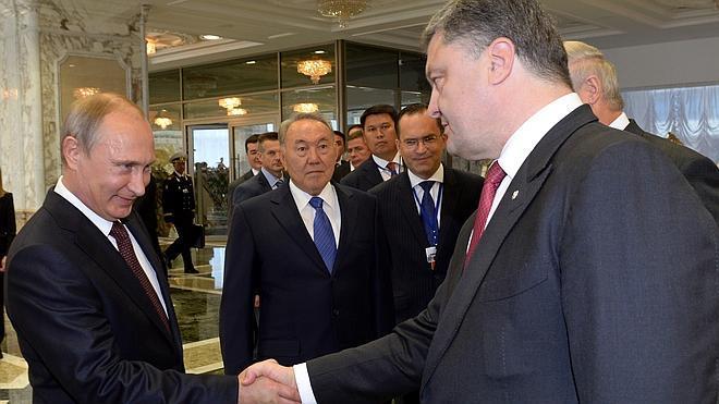 Putin: «El conflicto en Ucrania no se puede resolver por la fuerza»