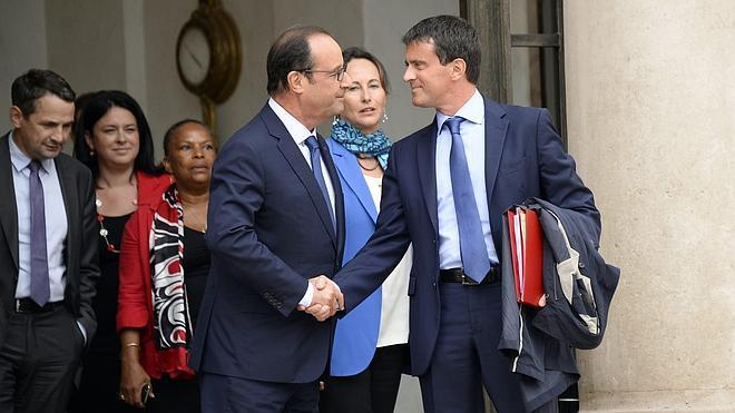 Bruselas insta al nuevo Gobierno francés a acelerar las reformas
