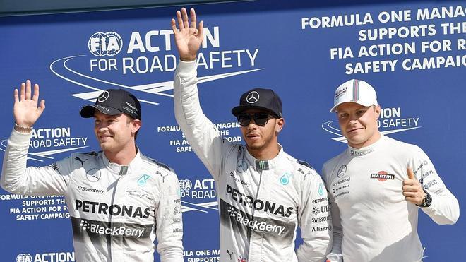Mercedes arrasa en Monza