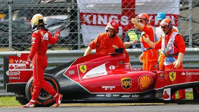 Alonso: «Tenía que abandonar o podía perder los dos motores»