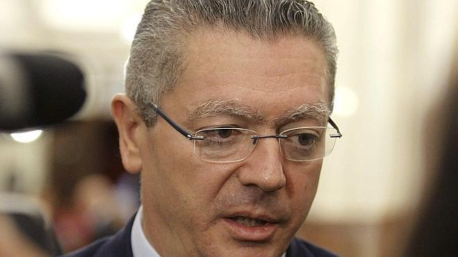 Gallardón elogia el «formidable esfuerzo» de Botella en años «difíciles»
