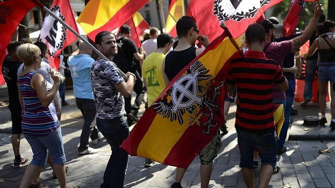 Tensión sin incidentes en la marcha ultraderechista de la Diada