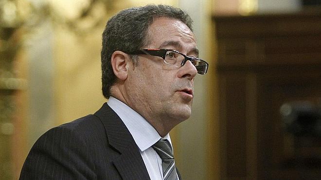 CiU se queja de las «amenazas» del Gobierno y Santamaría replica que la ley es democracia