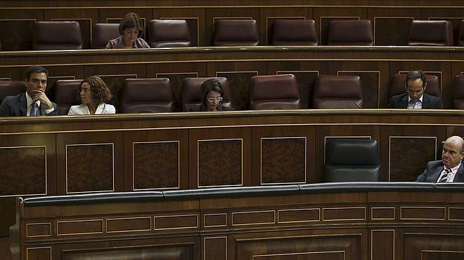 La dedicación exclusiva que plantea Sánchez obligaría a 86 diputados a renunciar a actividades privadas