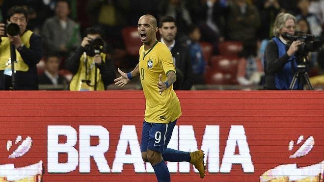 Tardelli emerge entre Neymar y Messi