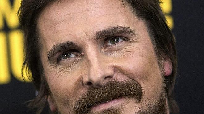 Christian Bale se perfila como Steve Jobs