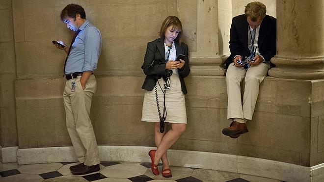 Cada trabajador pierde casi hora y media de su tiempo por distracciones en su entorno laboral