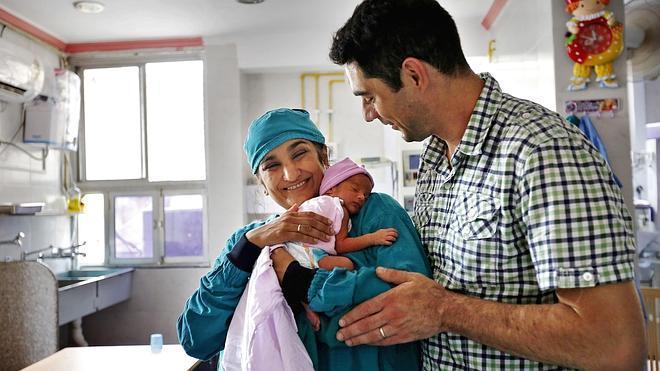 La Seguridad Social destinó 1.315 millones a prestaciones de maternidad y paternidad