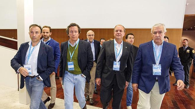 Floriano pide a todo el PP lealtad y unidad, ahora «más que nunca»