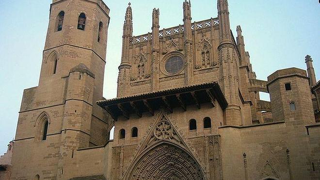 Huesca, puerta de los Pirineos