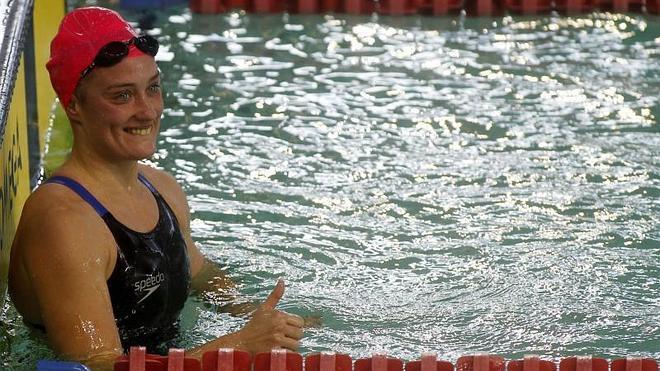 Mireia Belmonte recupera en casa otro récord del mundo