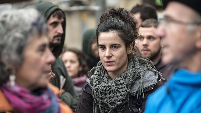 Jone Amezaga, condenada por enaltecimiento, aparece en otro acto en Vizcaya