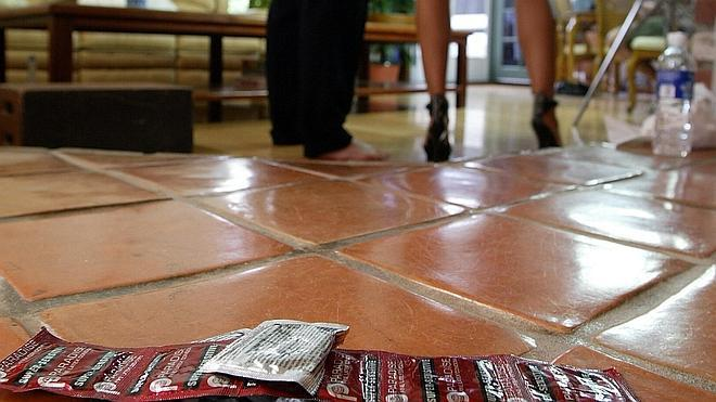 Un tribunal de EE UU obliga a los actores porno a usar preservativos
