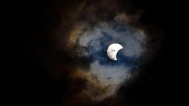 Dos cometas y un eclipse de Sol, alicientes celestes de 2015