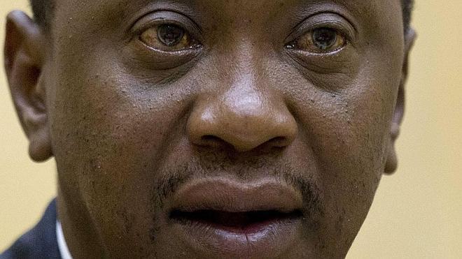 Condena de dos años de cárcel por insultar al presidente de Kenia por internet