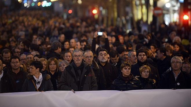 Multitudinaria marcha en San Sebastián contra la operación 'Mate' de la Guardia Civil