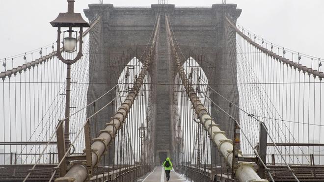 Cientos de vuelos cancelados ante la «histórica» tormenta de nieve en Nueva York