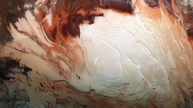 La ESA fotografía los contrastes de colores en la 'Antártida' de Marte