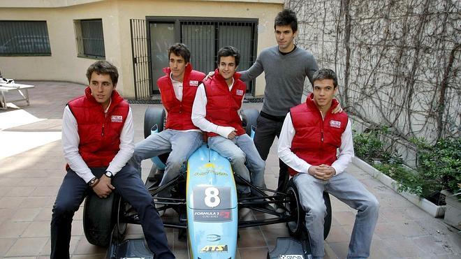 Dani Juncadella sale del 'paddock' de la Fórmula 1
