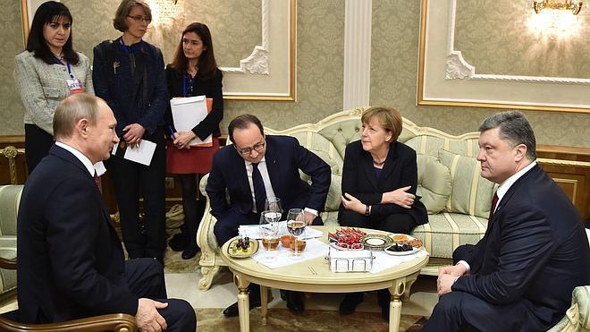 Putin anuncia un alto el fuego en Ucrania desde el domingo